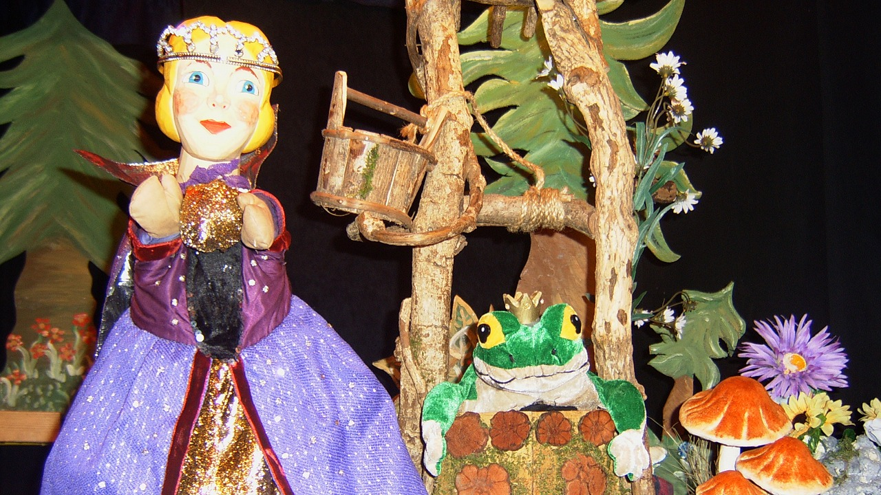 Der Froschkönig im Rabatz Puppentheater