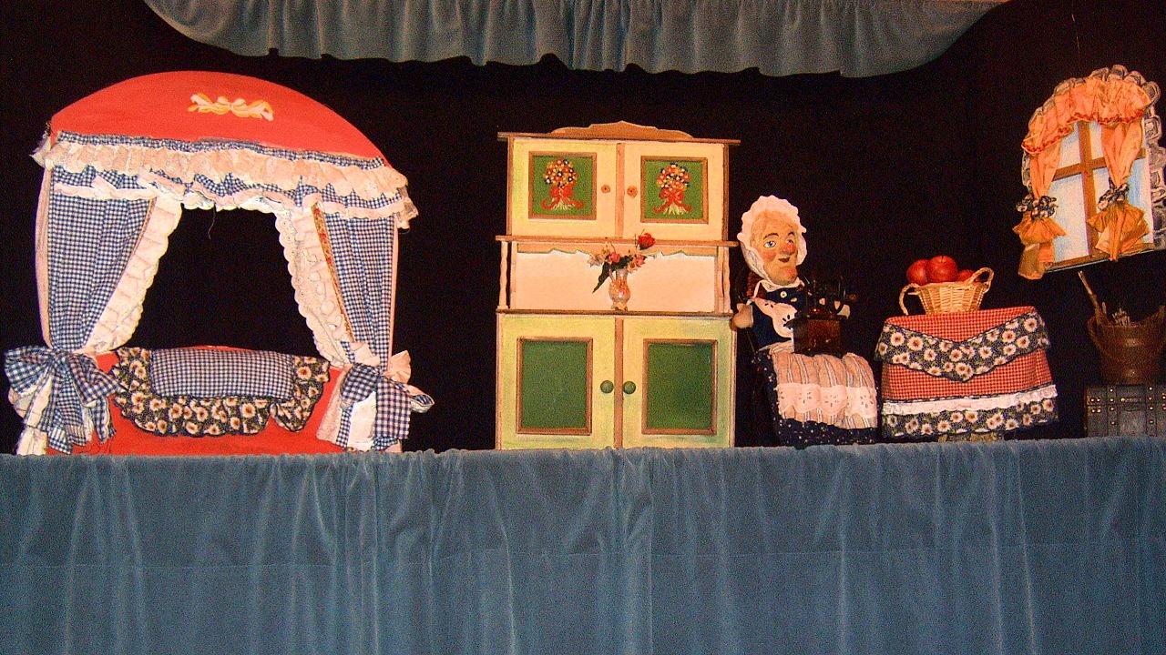 Frau Holle im Rabatz Puppentheater